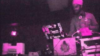 SELECTA-T [FROM BLACK SABBATH SOUND] EARLY PARTY VYBZ @ CLUB TIMBUKTU 11-29-2011