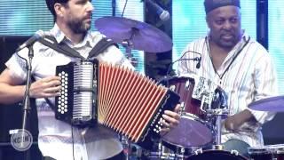 """Quantic (Live) performing """"Cumbia Sobre El Mar"""" at the Sound In Focus Concert Series"""