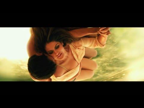 Zarine Khan Hot Song HD SlowMotion Edit New item Number Performance Zareen Bikini Photoshoot workout