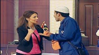 حمدي المرغني يطلب يد إسراء عبد الفتاح على المسرح أمام الجمهور قبل زواجهم 👰 #تياترو_مصر