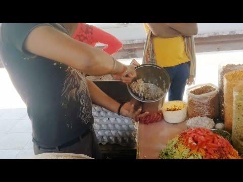 Indian Street Food Kolkata - Bengali Street Food India - Tasty Jhaal Muri