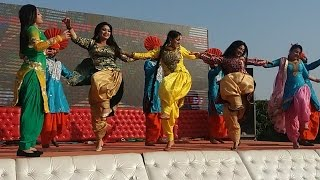 Desi Girls Hot Dance | Desi Dance