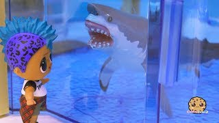 Great White Shark At Aquarium ! LOL Surprise Punk Boi Summer Series Part 5