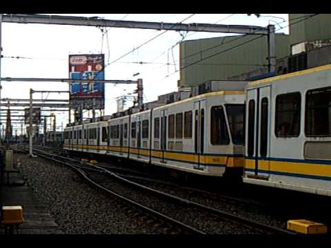 Xxx Mp4 LRT1 2G LRV And 1G LRV At Monumento Station 3gp Sex