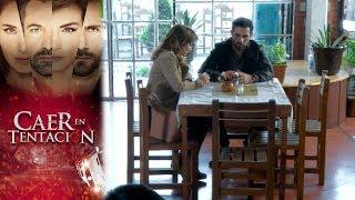 Santiago sorprende a Raquel con su confesión | Caer en tentación -Televisa