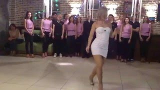 !Woow ! Mira el espectacular baile de Sara Lopez !