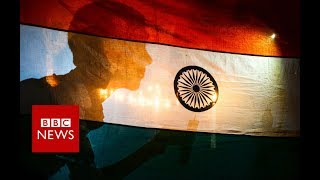 Pulwama attack: Pakistan warns India against attacking - BBC News