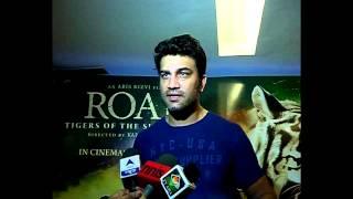 Abhinav Shukla Holds A Special Screening for Roar