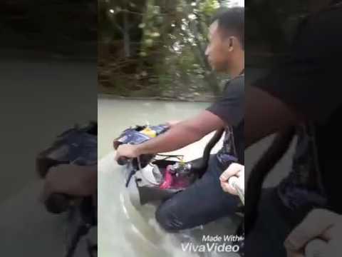 Motor power redah banjir