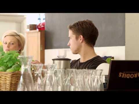 Filmy o zawodach - kelner