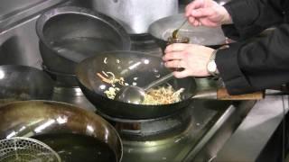 Hot Wok Speedy Chicken Chow Mein with Hot Wok Chilli Sauce