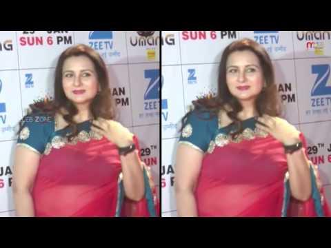 Xxx Mp4 Bollywood Aged Aunty Hot Appearance In Award Function Celeb Zone 3gp Sex