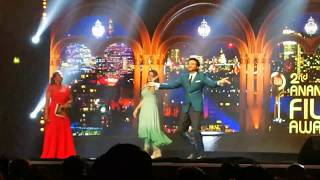 Anil Kapoor and Bhavana dancing for a Mohanlal song....