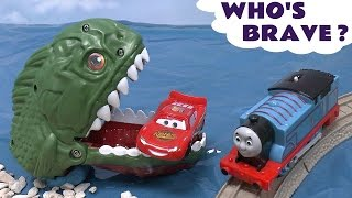 Piranha Cars Hot Wheels Thomas & Friends Play Doh Surprise Eggs Halloween Spooky Playdough Dragon