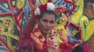 Pesta Kostum di Karnaval Jogja Fashion Week 2016 Malioboro