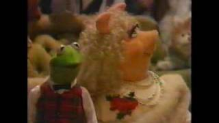 Muppet Family Christmas Carols
