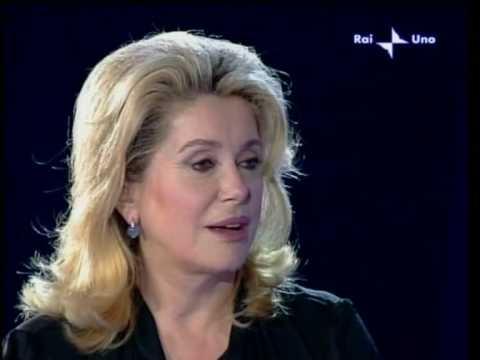 Catherine Deneuve sings with Gianni Morandi in Italian show