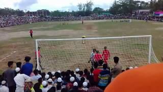 গ্রামের ফুটবল খেলার পেনাল্টি
