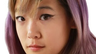 Women Try Monolid Makeup Hacks