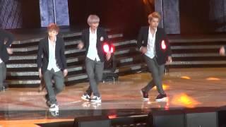 [Fancam] EXO- Growl @ M! Countdown Live What's Up LA KCON 2013