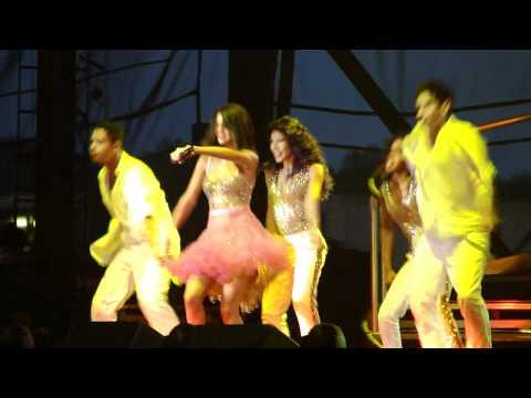 Xxx Mp4 Selena Gomez Performing Quot Summer 39 S Not Hot Quot Live In Buffalo NY MP4 3gp Sex