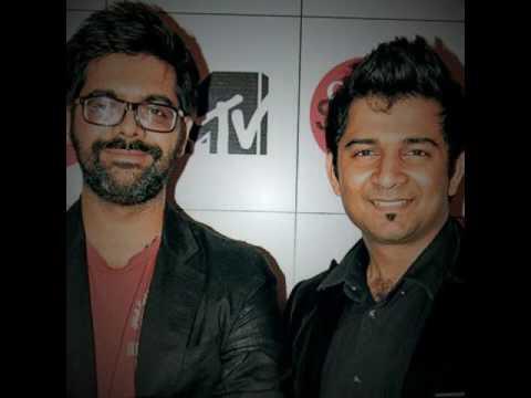 2 Idiots Title Full song Of Gujarati play   Sachin Sanghvi   Kamlesh Oza