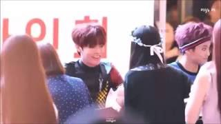 Nakamoto Yuta heals the fans with his bright smile