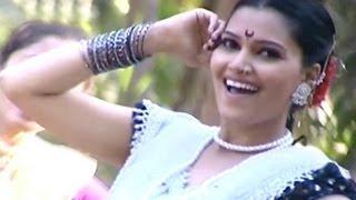 Hyo Porga Mazhyavar Martoy - Hemalata Bane, Marathi Koli Song