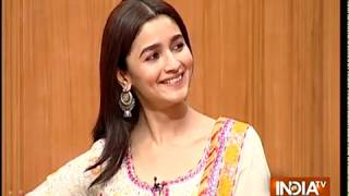 Alia Bhatt blushes when asked about dating rumours with Ranbir Kapoor on Aap Ki Adalat