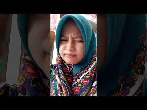 Cewek jilbab centil Hahaha