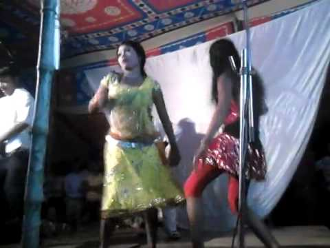 bhojpuri best superhit song bhatar hawe ka re . stage show randi ke nach