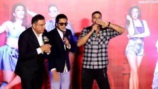 Akshay Kumar calls John Abraham 'saand'