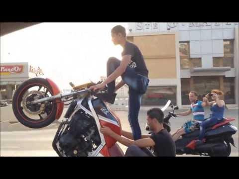 Sanfour Crazy Bike Stunts On The Highway Lebanon