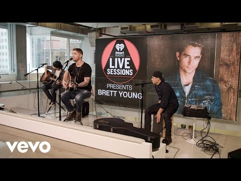 Brett Young - You Ain't Here To Kiss Me (Live on the Honda Stage at iHeartRadio NY)