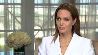 Angelina Jolie Details Ovarian Surgery