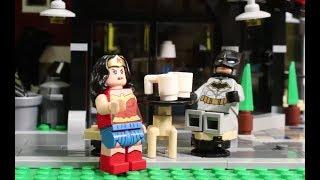 Surprise Attack on Metropolis Park - LEGO DC Super Heroes