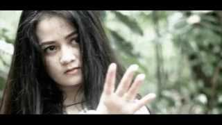 TIC band - Jika Cinta (Official Music Video)