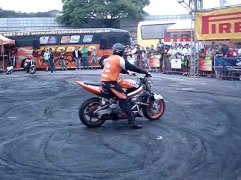 0rinho moto Show