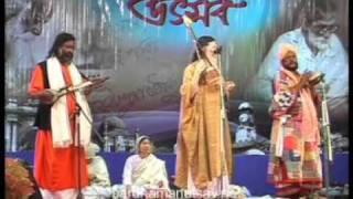 12 Sadhan Das Boiragya O Sompradai   Baul FolkSong   Bardhaman Utsav 2011