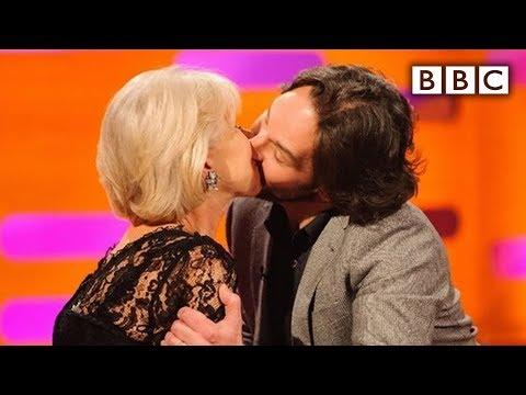 Xxx Mp4 Paul Rudd Kisses Dame Helen Mirren The Graham Norton Show Series 12 Episode 14 Preview BBC One 3gp Sex