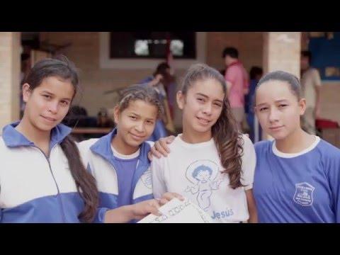 Servicio País y Arovia trabajando juntos por superar la pobreza en latinoamérica - Versión larga