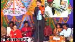 pala gaan pagol monir  and  lipi  sorkar  স্বামী স্রী পাঠ3