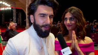 #DIFF16    At the Red Carpet With Ranveer Singh & Vaani Kapoor -