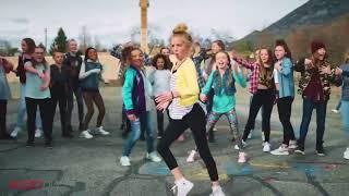 اطفال يتنافسون على الرقص الافضل في اغنية ديسباسيتو  ستندم اذا لم تشاهد الفيديو   Dance Despacito