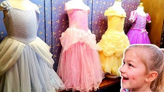 Disneyland Cinderella Castle Bibbidi Bobbidi Boutique Dress up and Play!