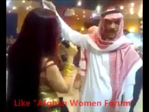 Xxx Mp4 Arab Sheikh Throwing Money On Singer Dancer 3gp Sex