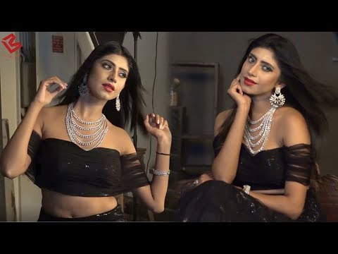 Xxx Mp4 TV Actor Vindhya Tiwari ने Birthday के दिन कराया Hot Photoshoot 3gp Sex
