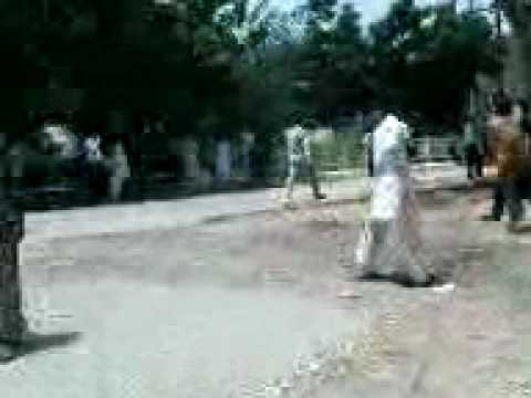 Xxx Mp4 STUDIENTS FIGHT AT UNVERSITY OF SINDH JAMSHORO BY SOOMRO 3GP 3gp Sex