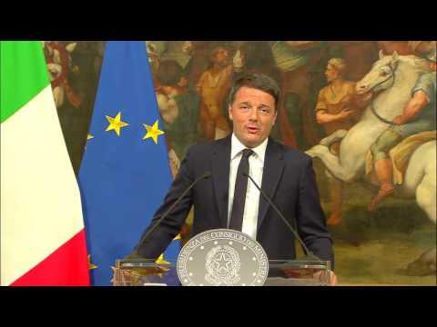 Xxx Mp4 Conferenza Stampa Del Presidente Del Consiglio Renzi 05 12 2016 3gp Sex