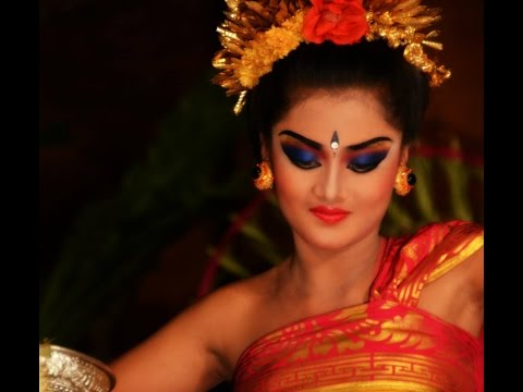 Balinese Legong Dance - Ubud, Bali